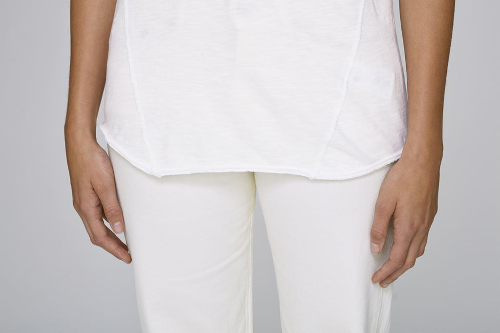 The MNML - affordable ethical clothing - the doillon tee white - front detail
