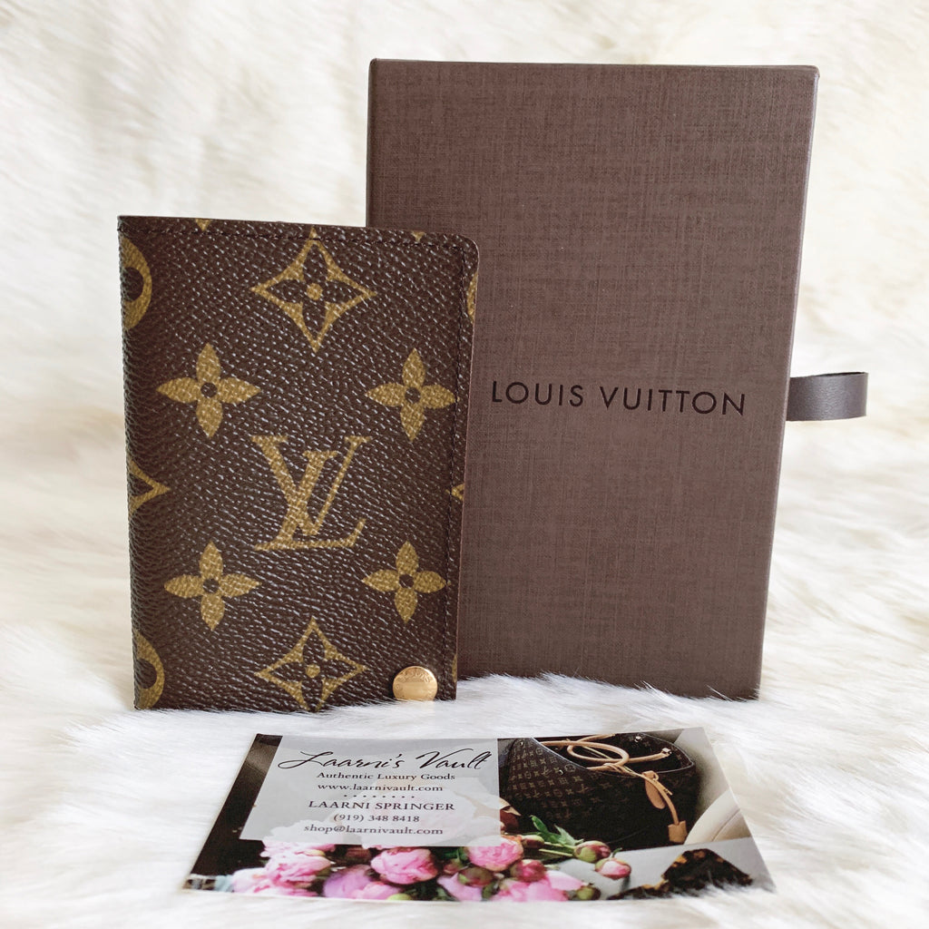 LOUIS VUITTON AUTHENTIC CARD HOLDER WITH PLASTIC SLEEVES MONOGRAM (CT0938)