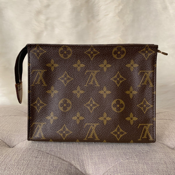 LOUIS VUITTON AUTHENTIC TOILETRY 19 MONOGRAM POUCH (TH0920)