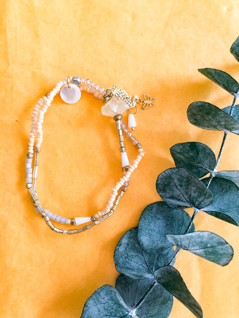 yellow quartz beaded bracelet