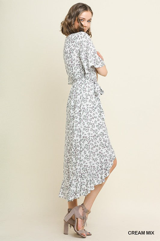 Styled - bell sleeve maxi dress