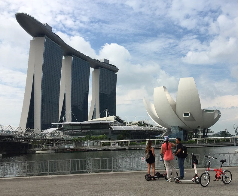 Scooting With A RearViz In Singapore