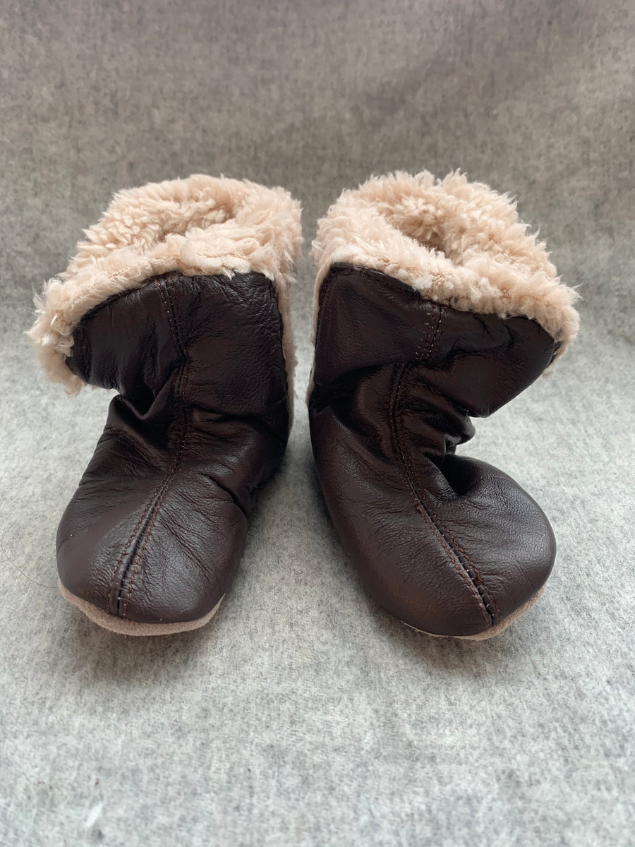 FUR LINED CHOCOLATE BOOTIE