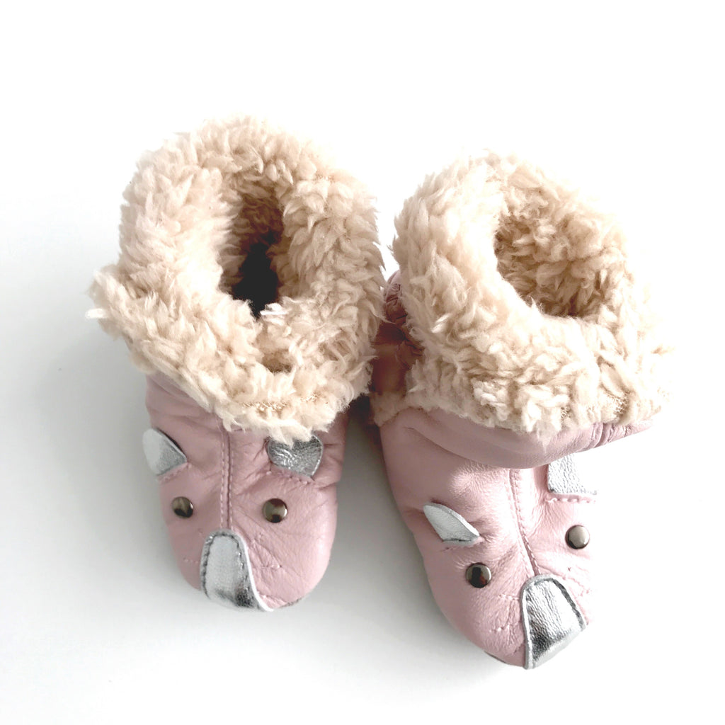 X MOUSE PINK BOOTIES