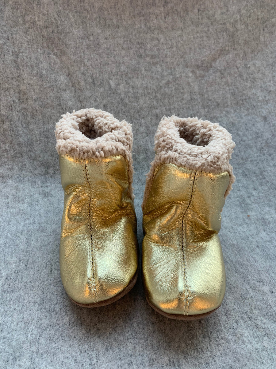FUR LINED GOLD BOOTIE