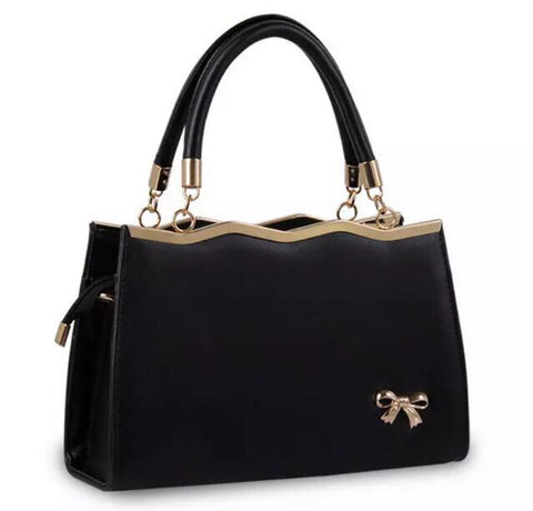 Black Wavetop Handbag