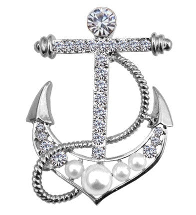 Vintage style anchor brooch in silver