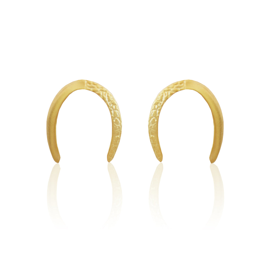 Crushed Crescent Earrings GOLD