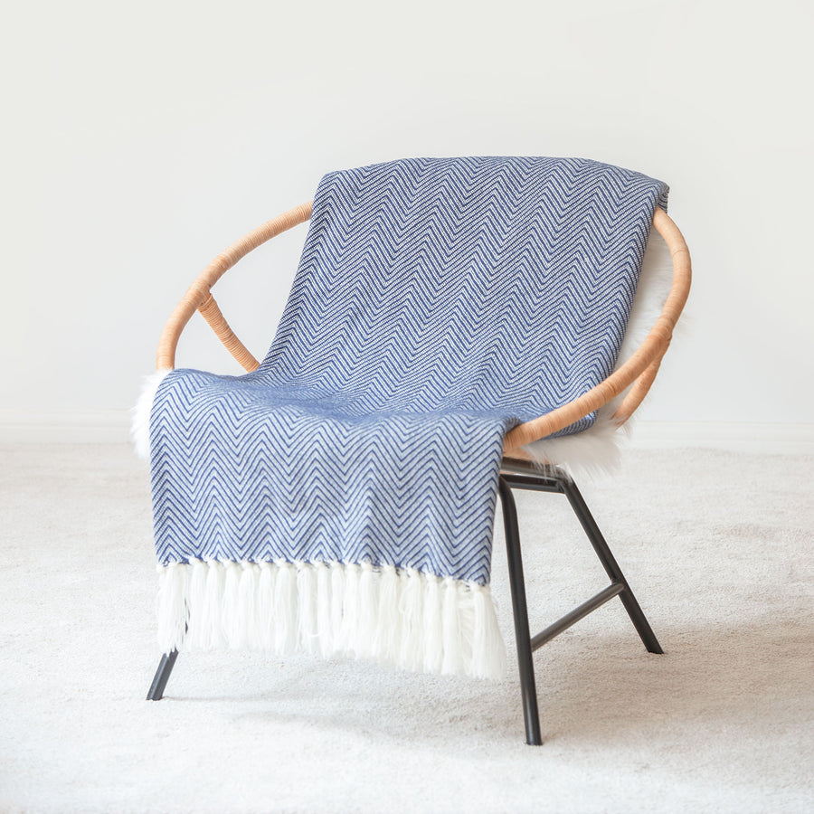 Classic Knitted Throw Blanket with Fringes, Neda, Herringbone Stripes, Navy Blue, 50