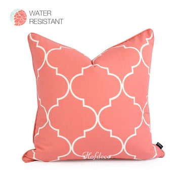 Quatrefoil outdoor decorative cushion cover