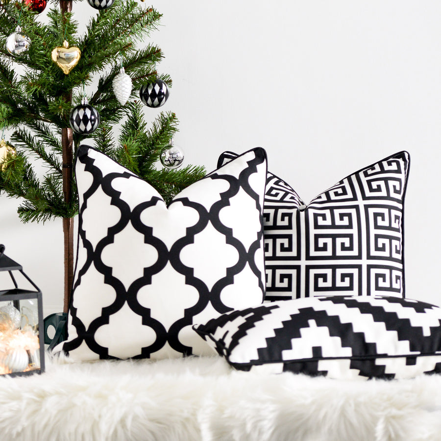Black and White Outdoor Pillow Cover, Greek Key, 18