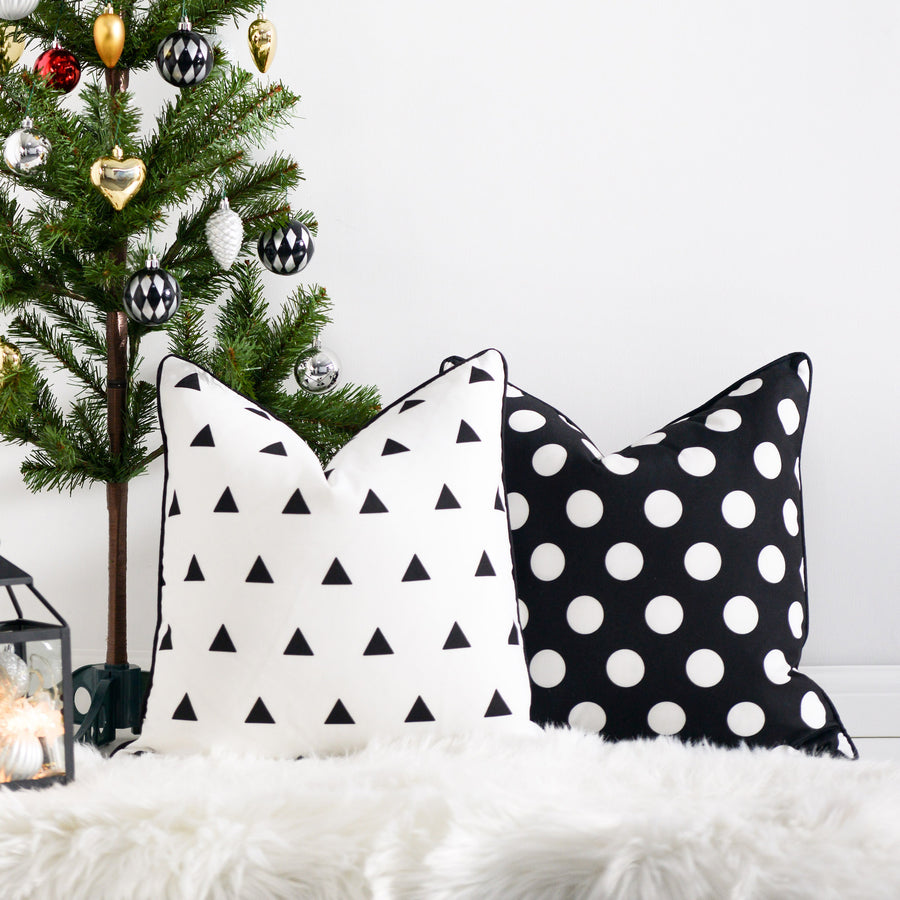 Black and White Outdoor Pillow Cover, Triangles, 18