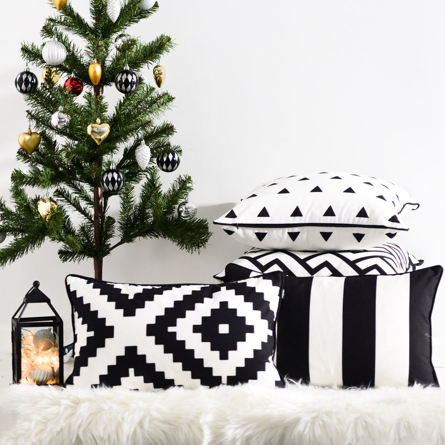 Black and White Outdoor Lumbar Pillow Cover, Stripes, 12