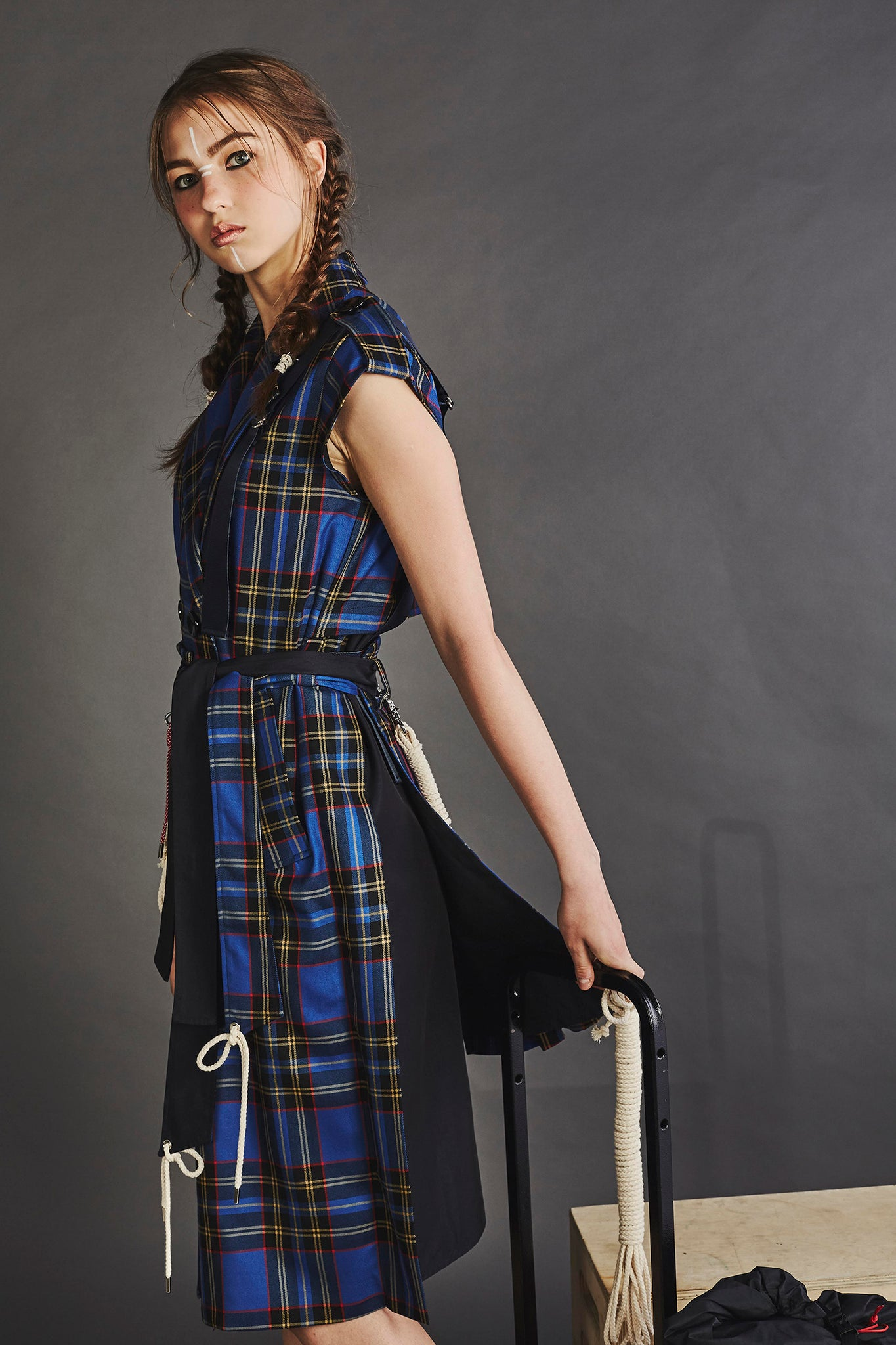Plaid Sleeveless Trench