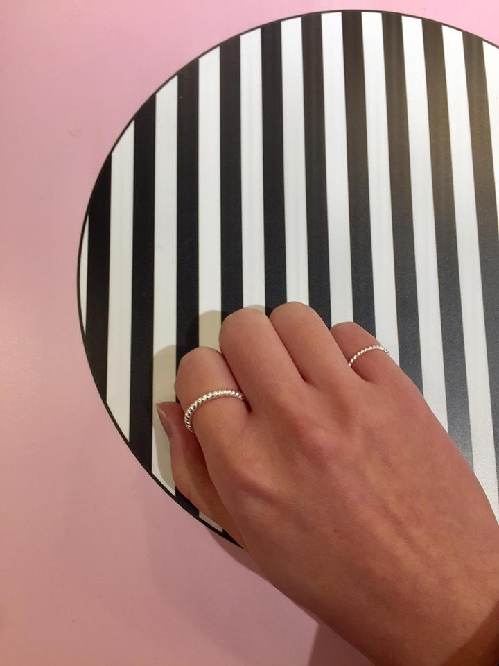 925 Silver Simple Pinky Ring - whoami