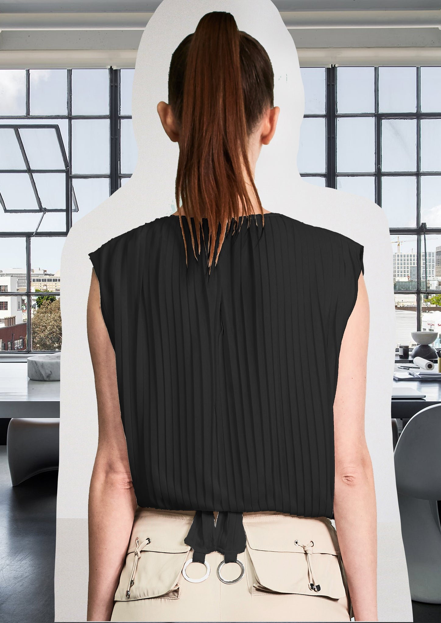 Pleating Blouse With Silver Rings Black