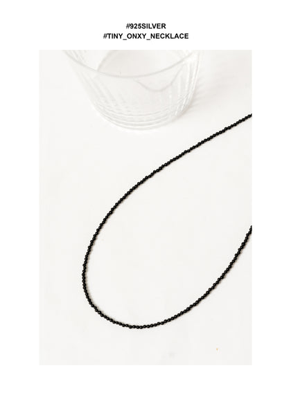 925 Silver Tiny Onxy Necklace