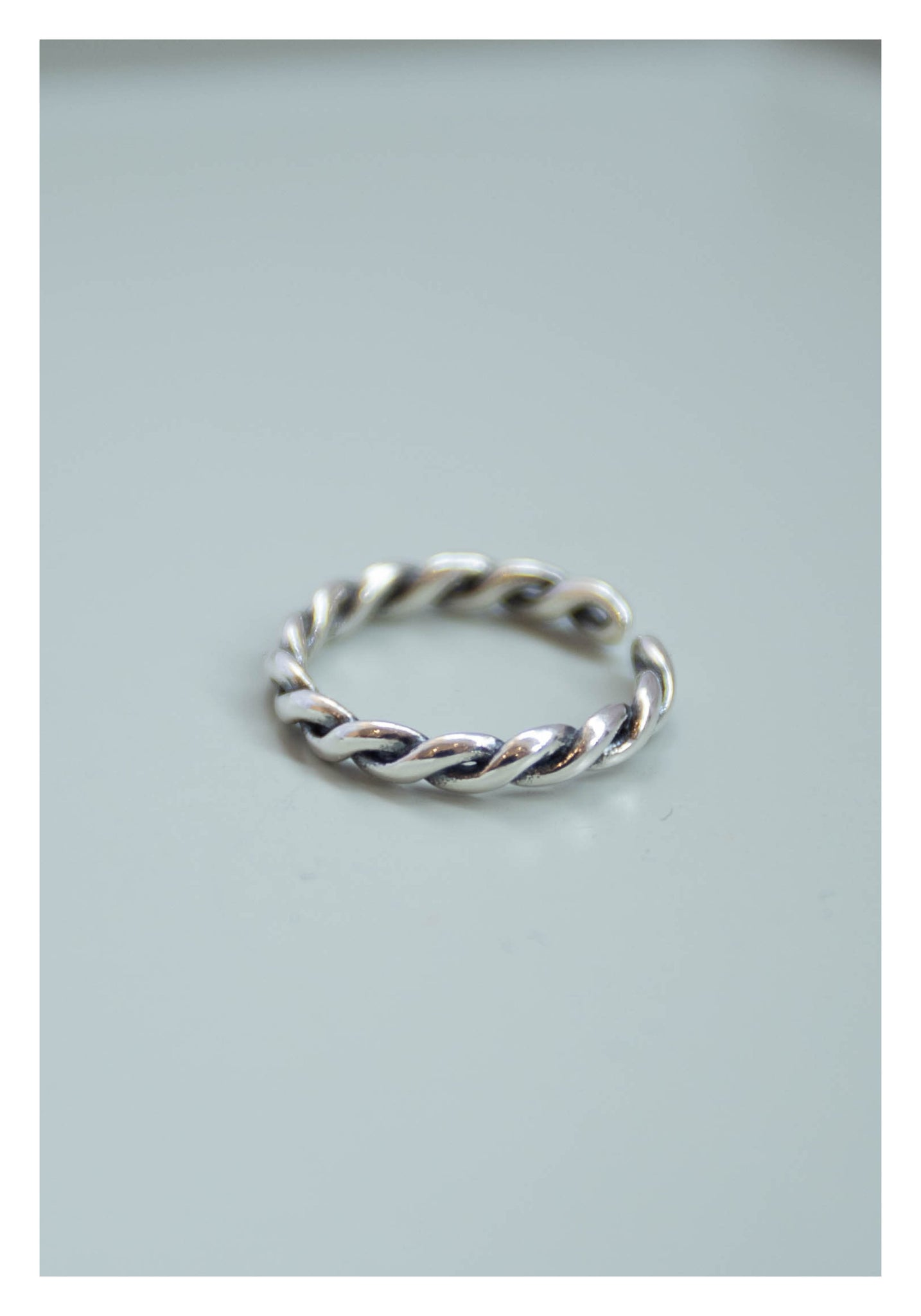925 Silver Engraved Spiral Open Ring - whoami