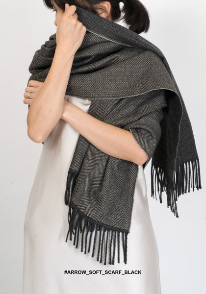 Arrow Soft Scarf Black - whoami