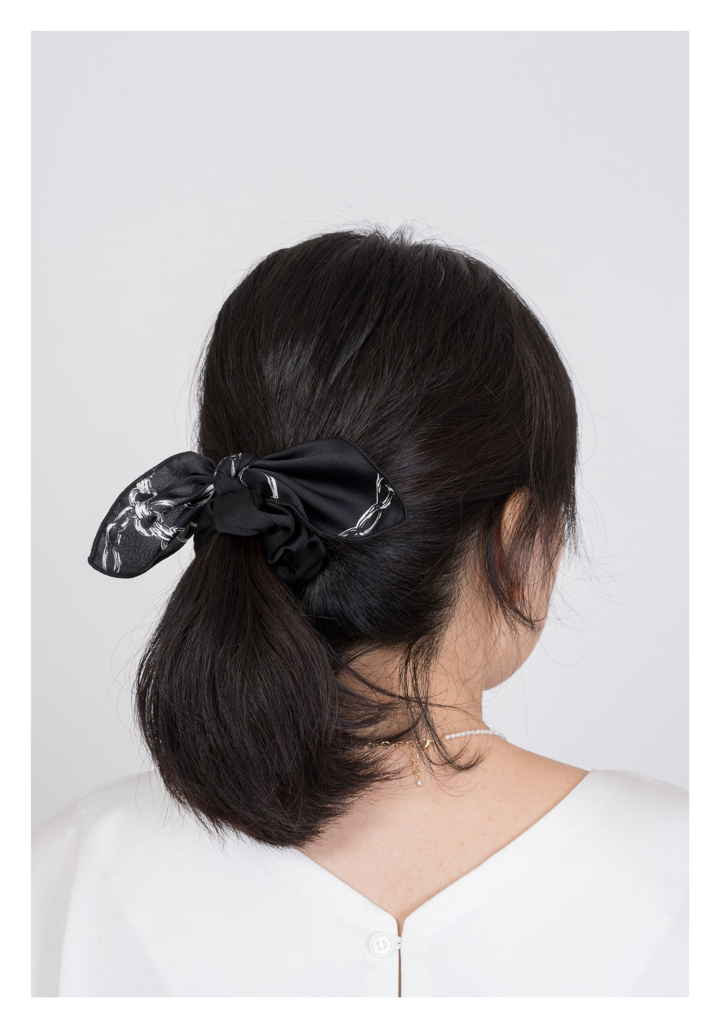 Black And White Chain Pattern Hairband - whoami