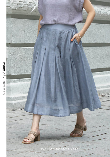Box Pleated Skirt Grey