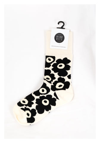 Cartoon Flower Socks White - whoami