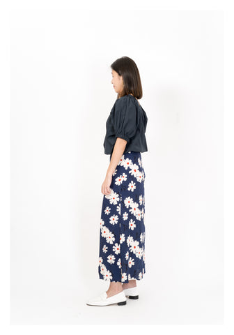 Color Flower Pattern Skirt Navy