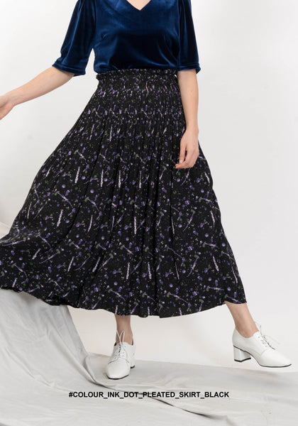 Colour Ink Dot Pleated Skirt Black - whoami