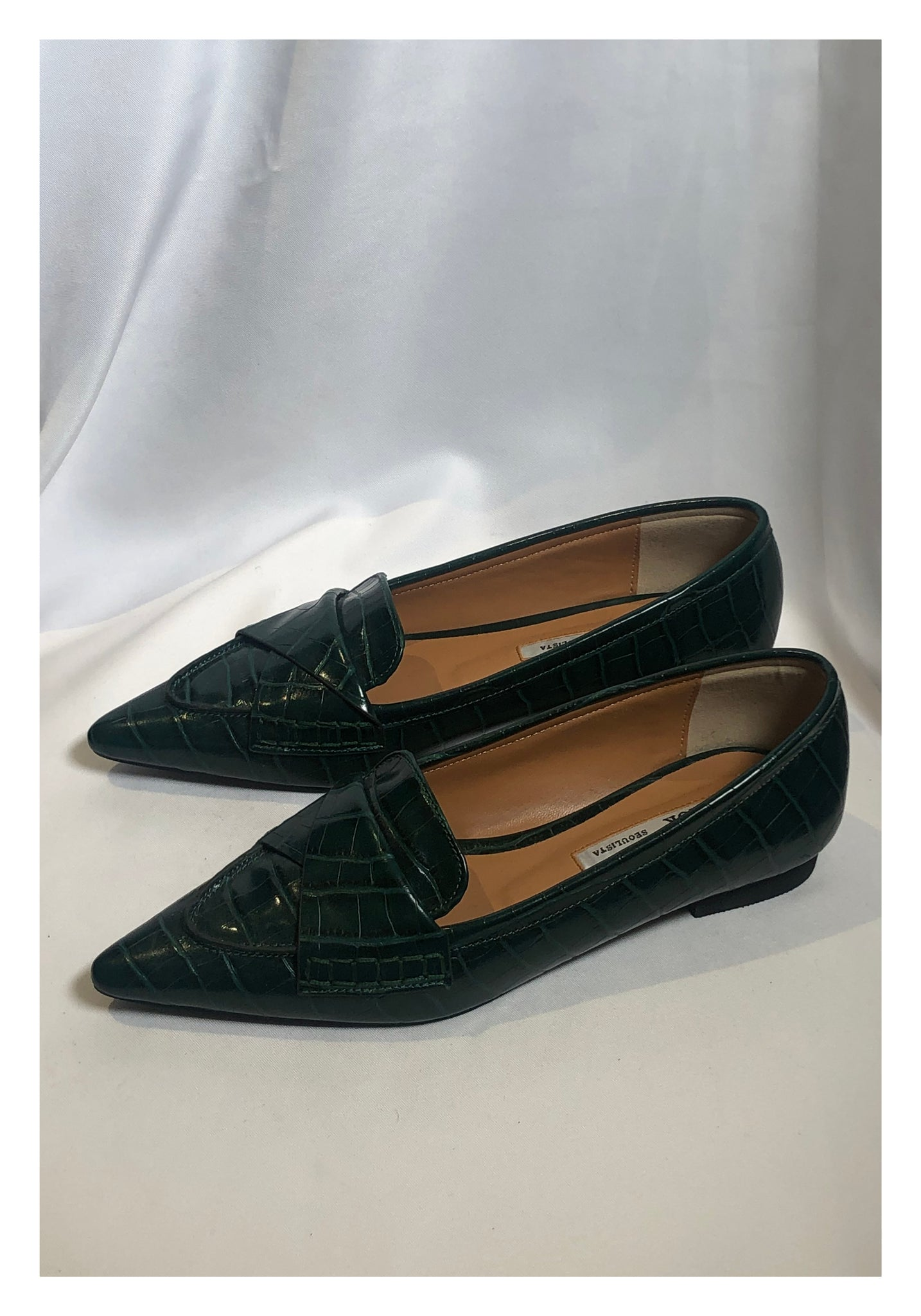 Sample Shoes - Croc-Effect Pointed Fold Loafer Green