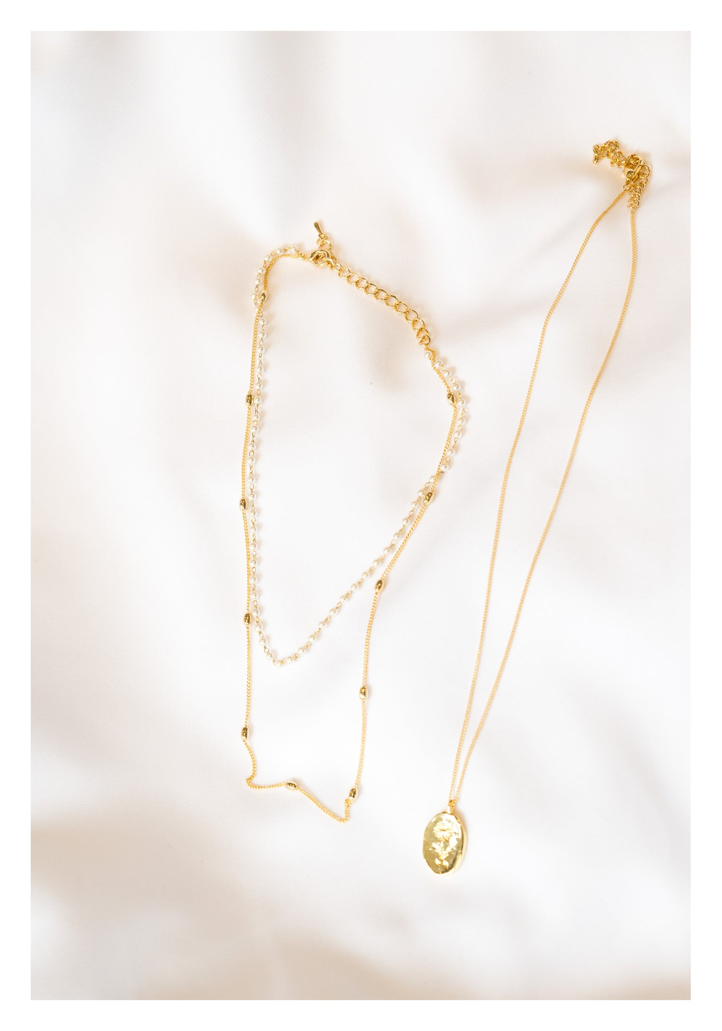 Daisy Pearl Necklace Set Gold - whoami