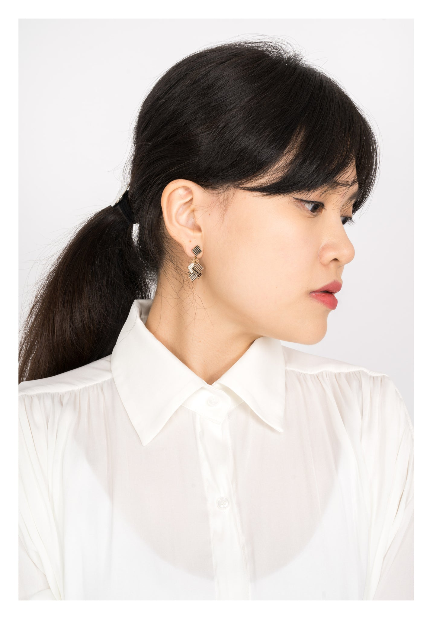 Drapping Square Earrings