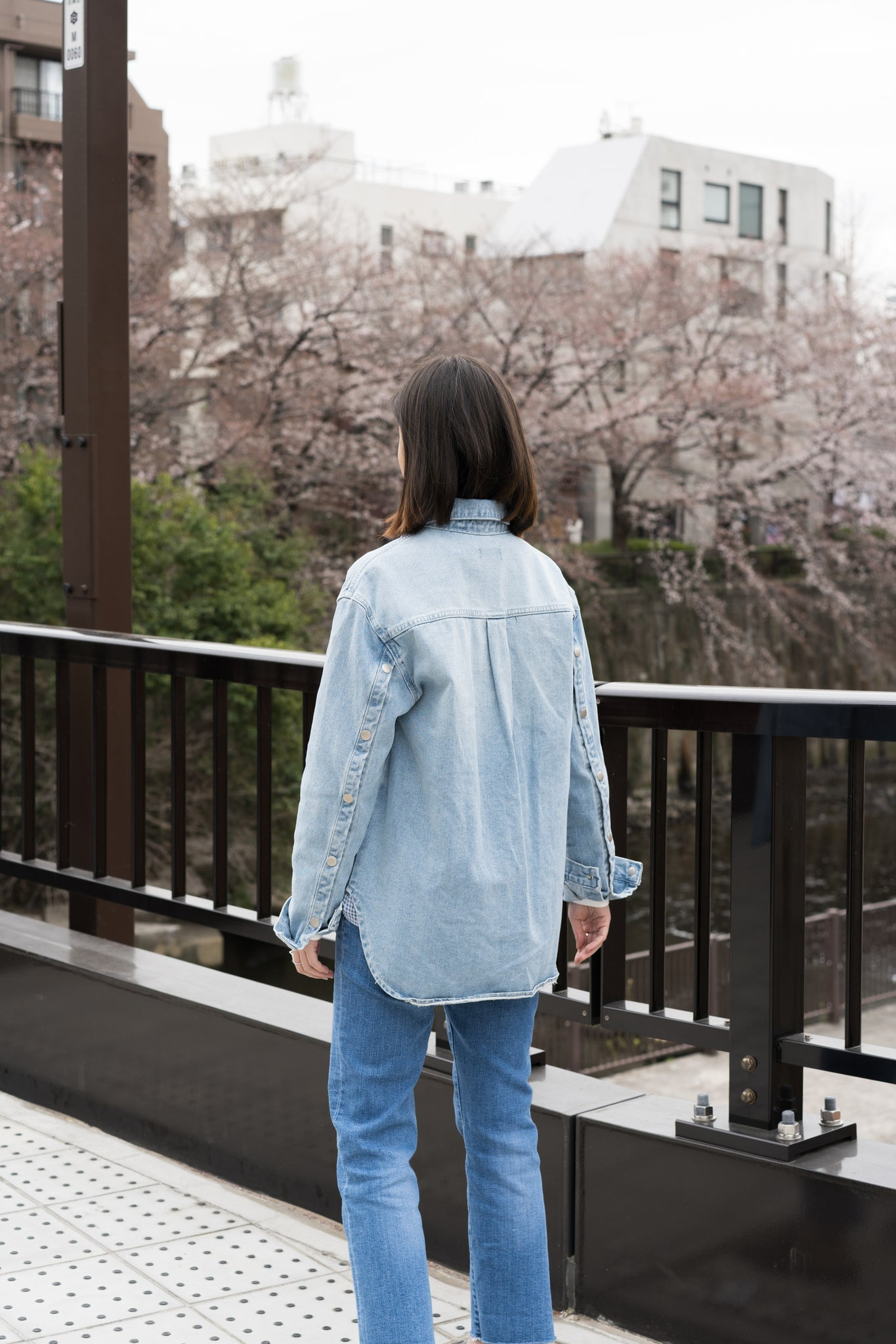 Button Sleeves Denim Tie Jacket