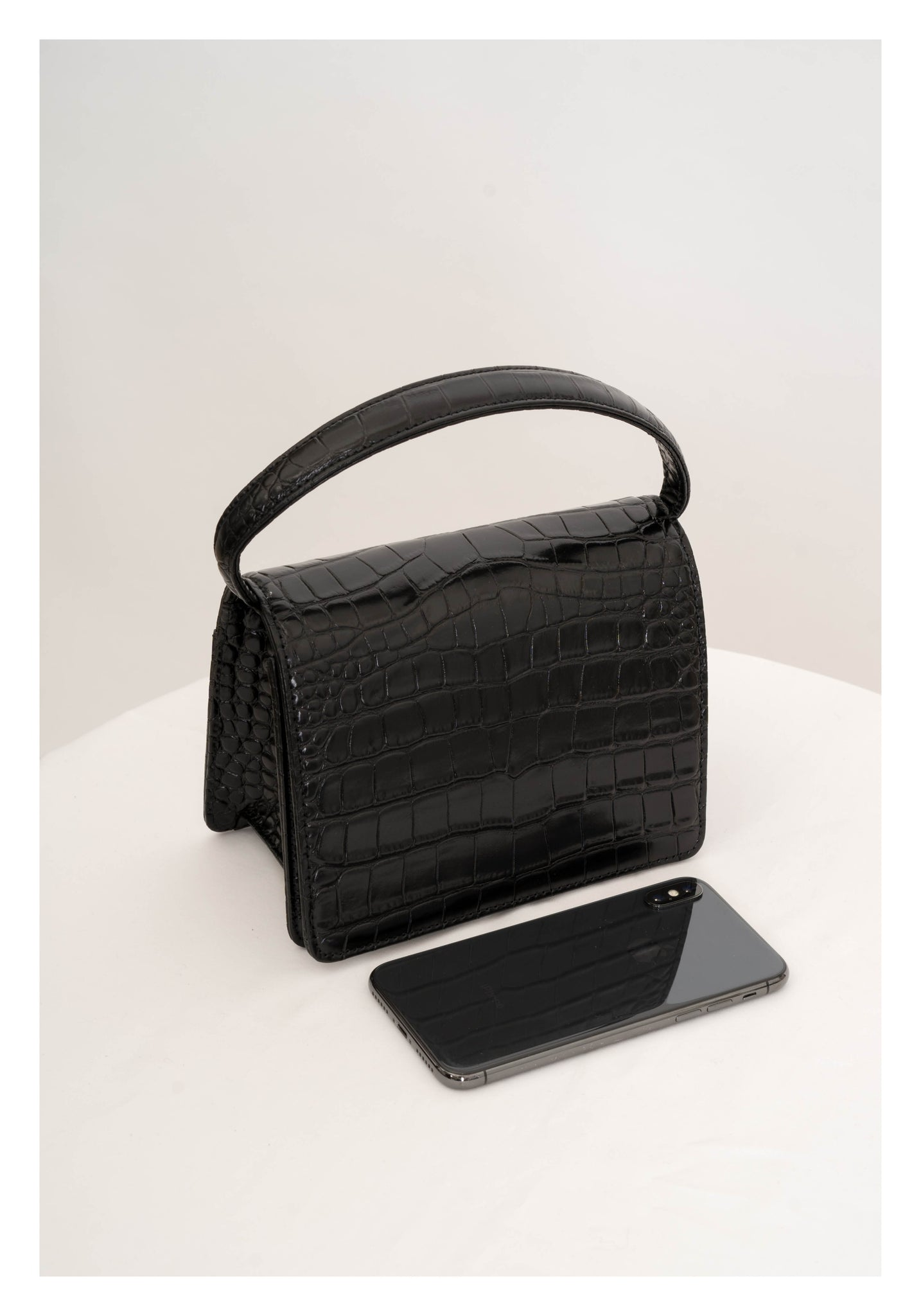 Deluxe Croc-Effect Handle Leather Bag Black - whoami