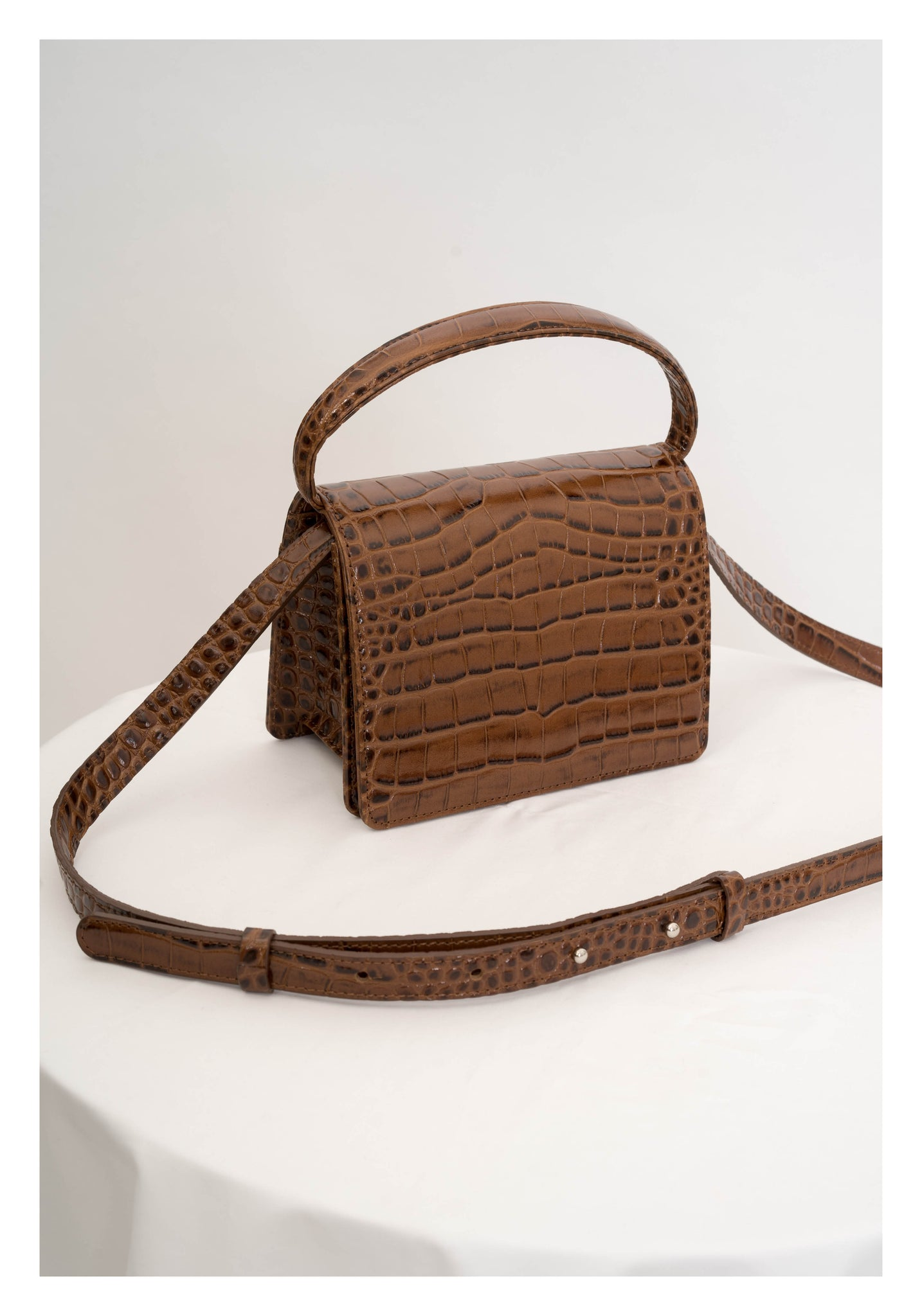 Deluxe Croc-Effect Handle Leather Bag Brown - whoami