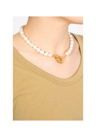 Sailor Buckle Fresh Water Pearl Necklace