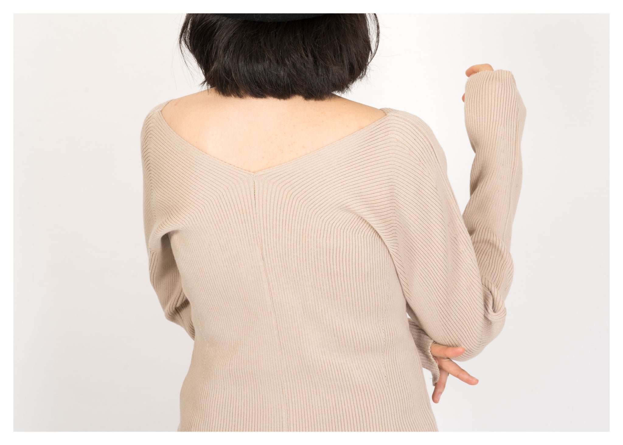 Double V Ribbed Knit Top Beige - whoami