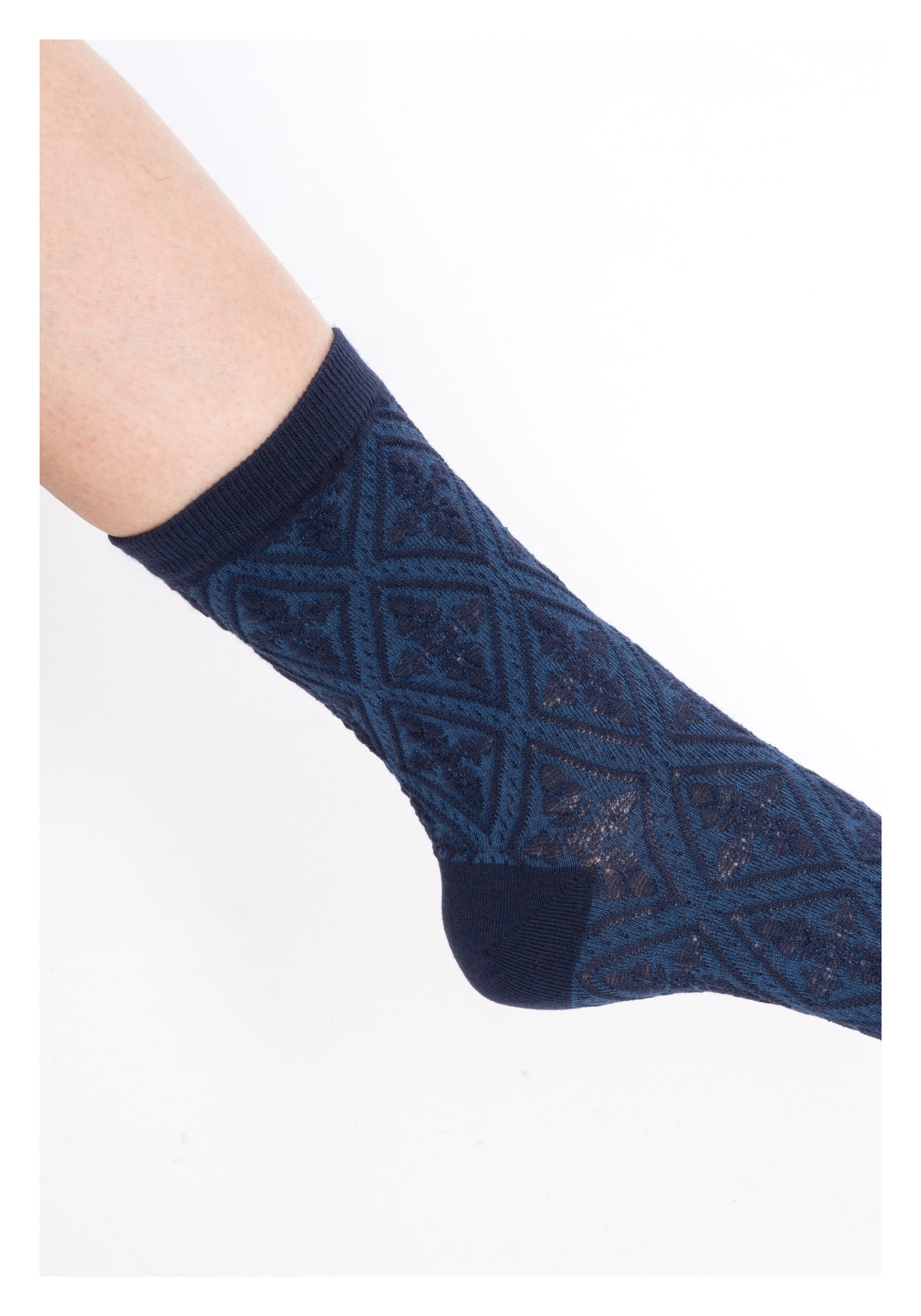 Embossed Pattern Socks Blue - whoami