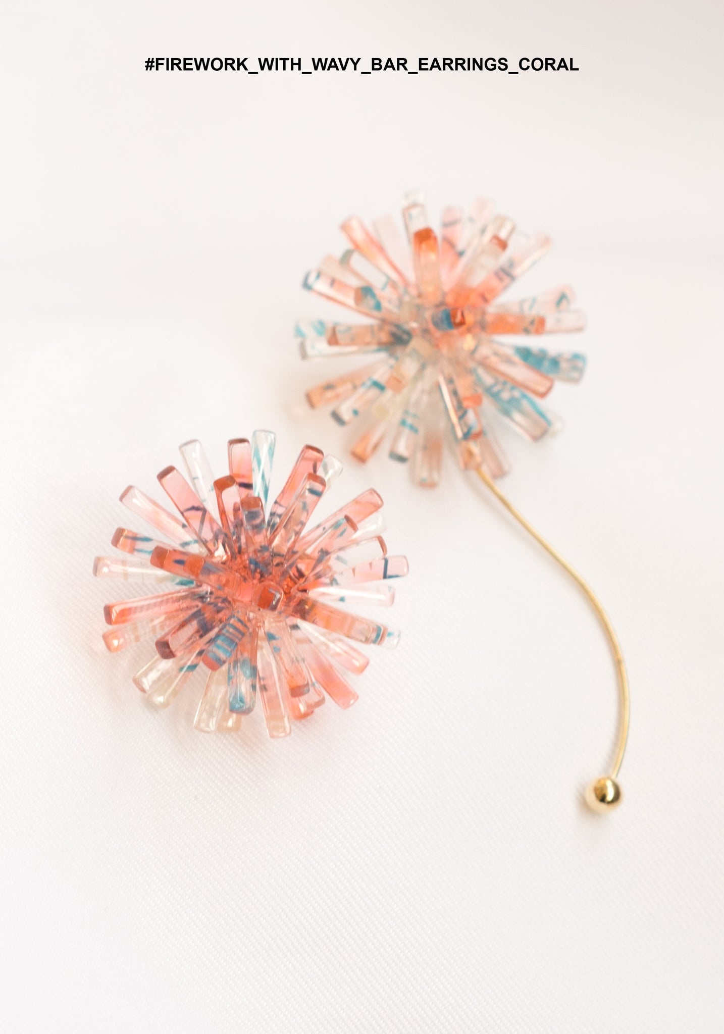 Firework With Wavy Bar Earrings Coral - whoami