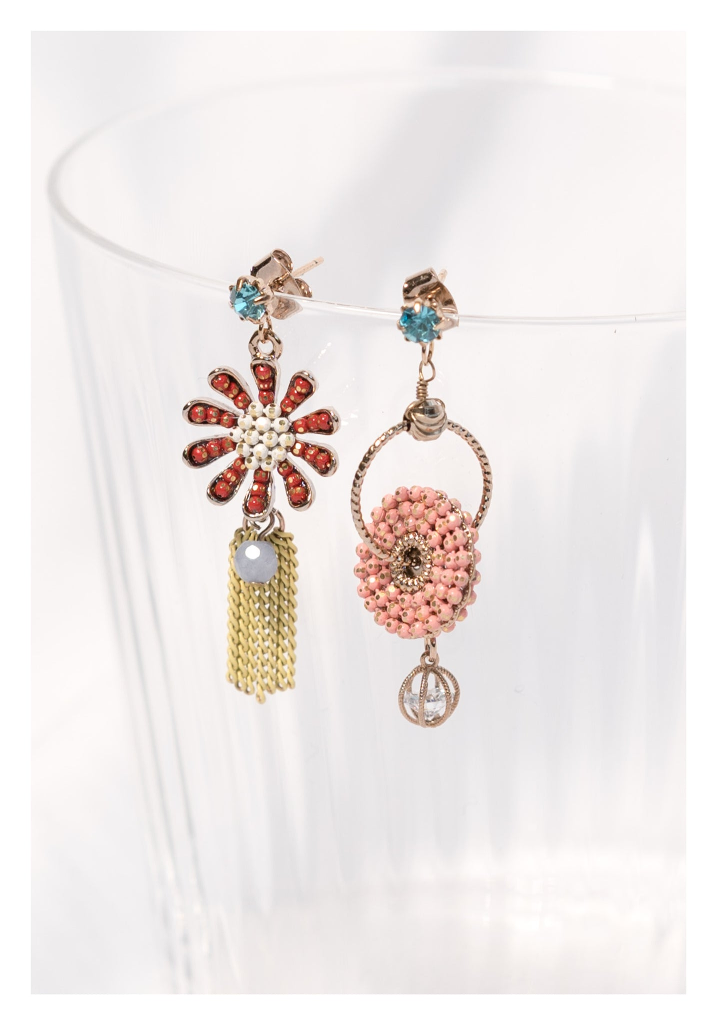 Gold Dot Colourful Beads Flower Earrings Red - whoami