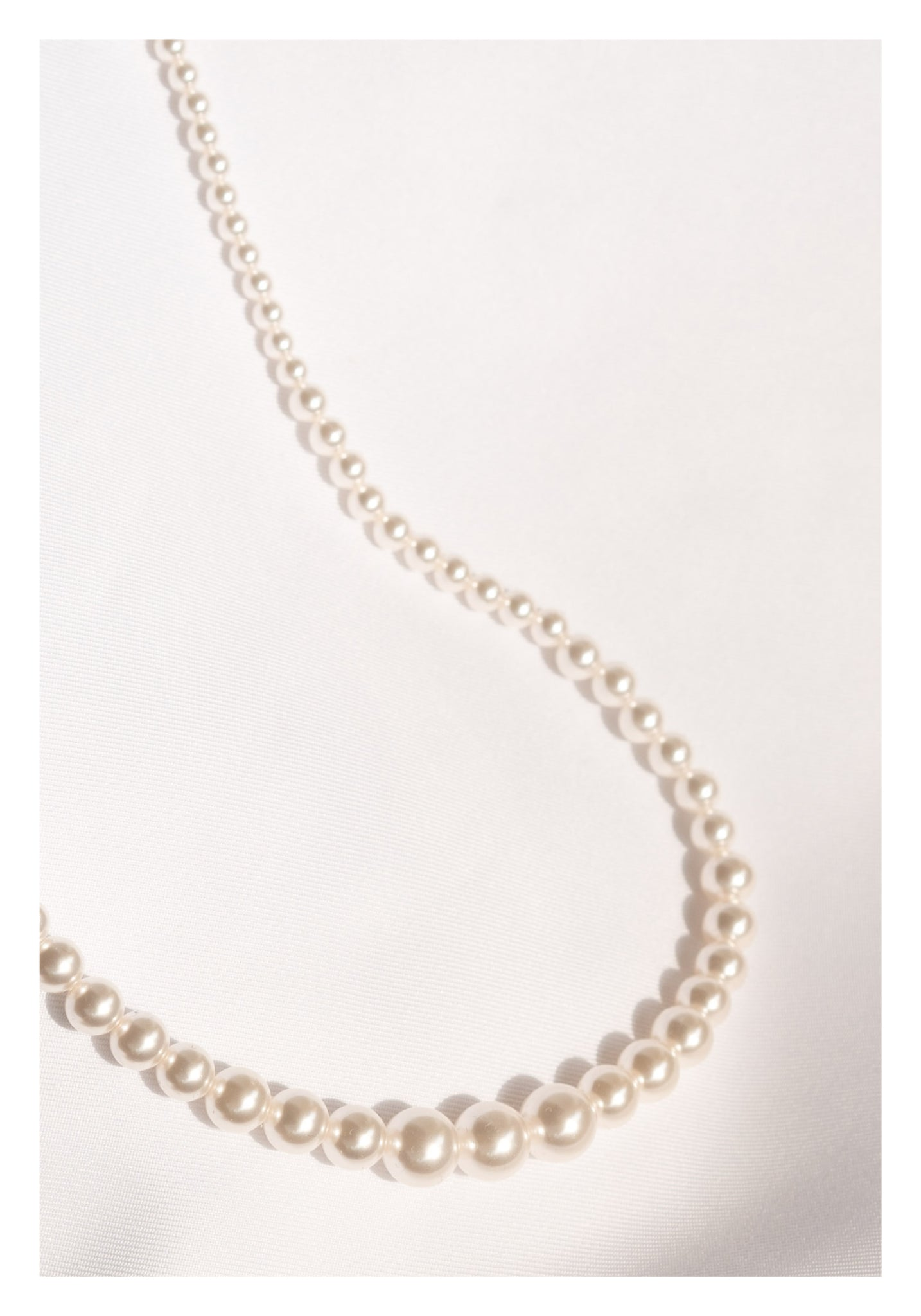 Gradient Faux Pearl Necklace - whoami