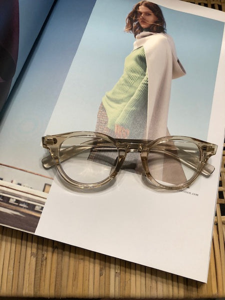 Transparent Glasses Light Brown - whoami