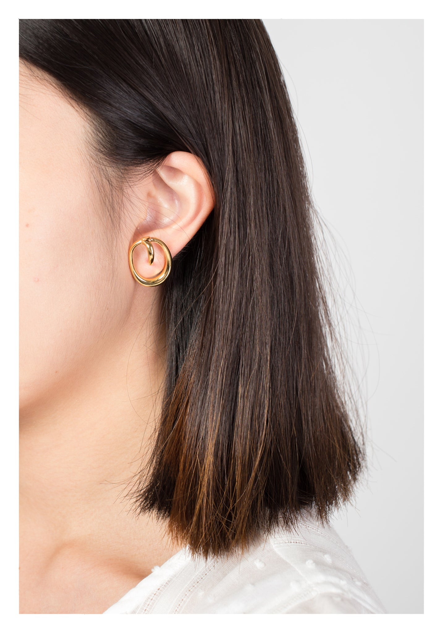 Interlock Ellipse Earrings Gold - whoami
