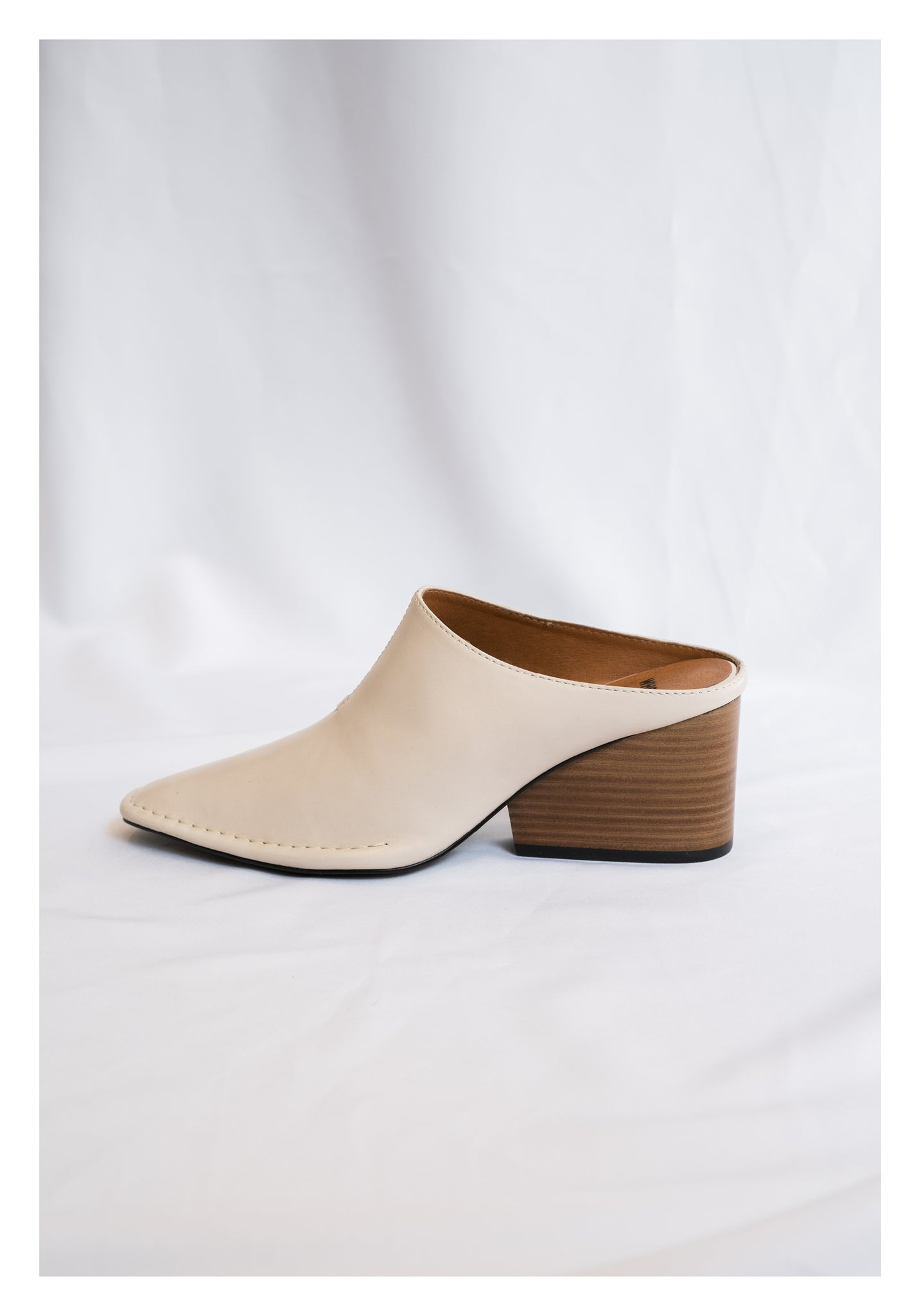 Leather Wedge Slippers Ivory - whoami