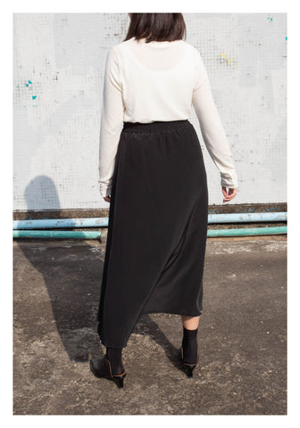 Rhythm Ruffle Skirt Black - whoami