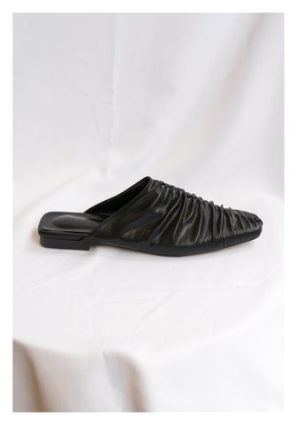 Middle Seam Wrinkle Mules Black - whoami