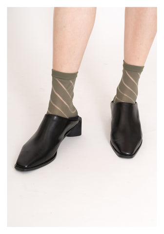 Oblique Sheer Socks Military Green - whoami