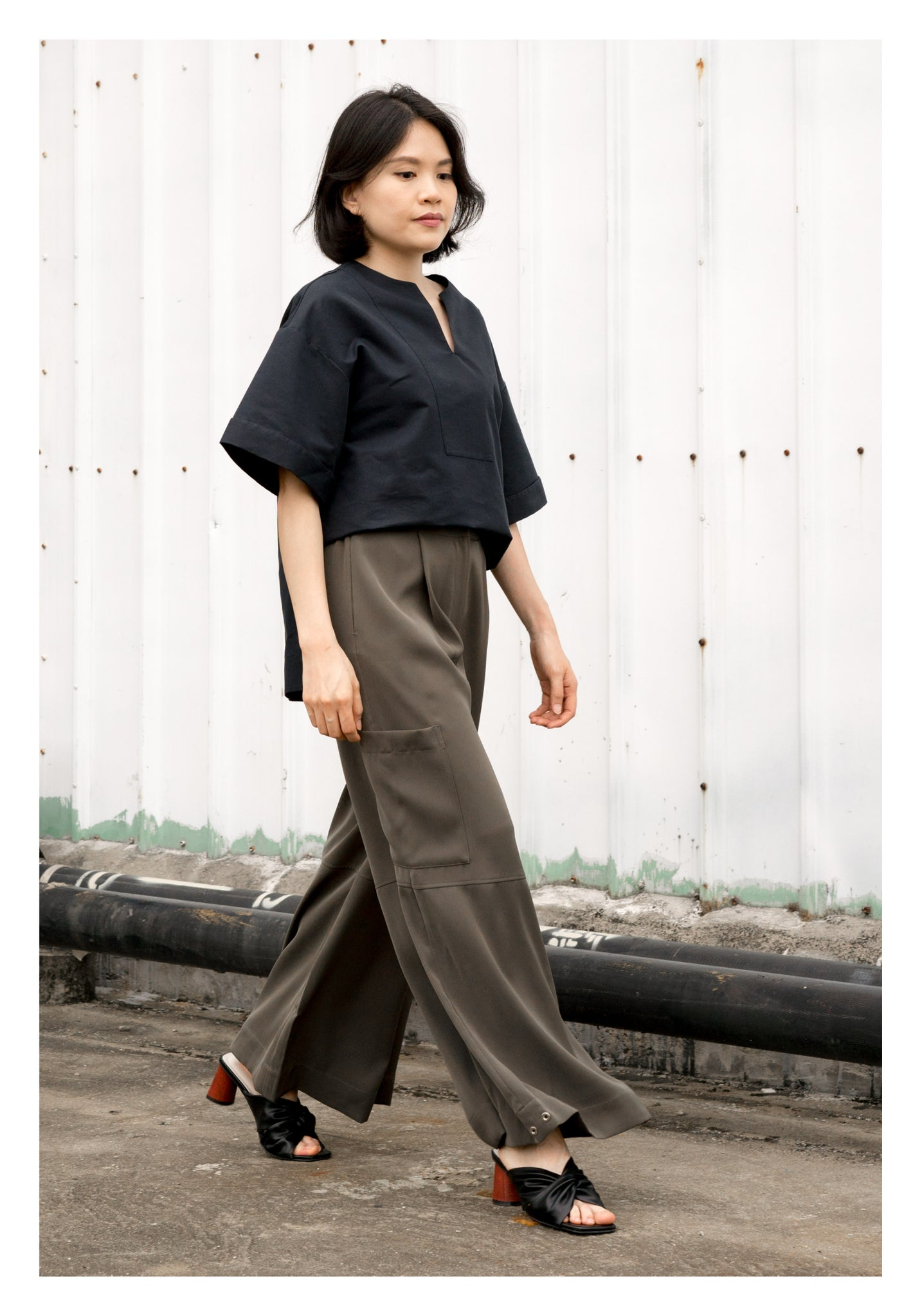 Open Collar Step Blouse Navy - whoami
