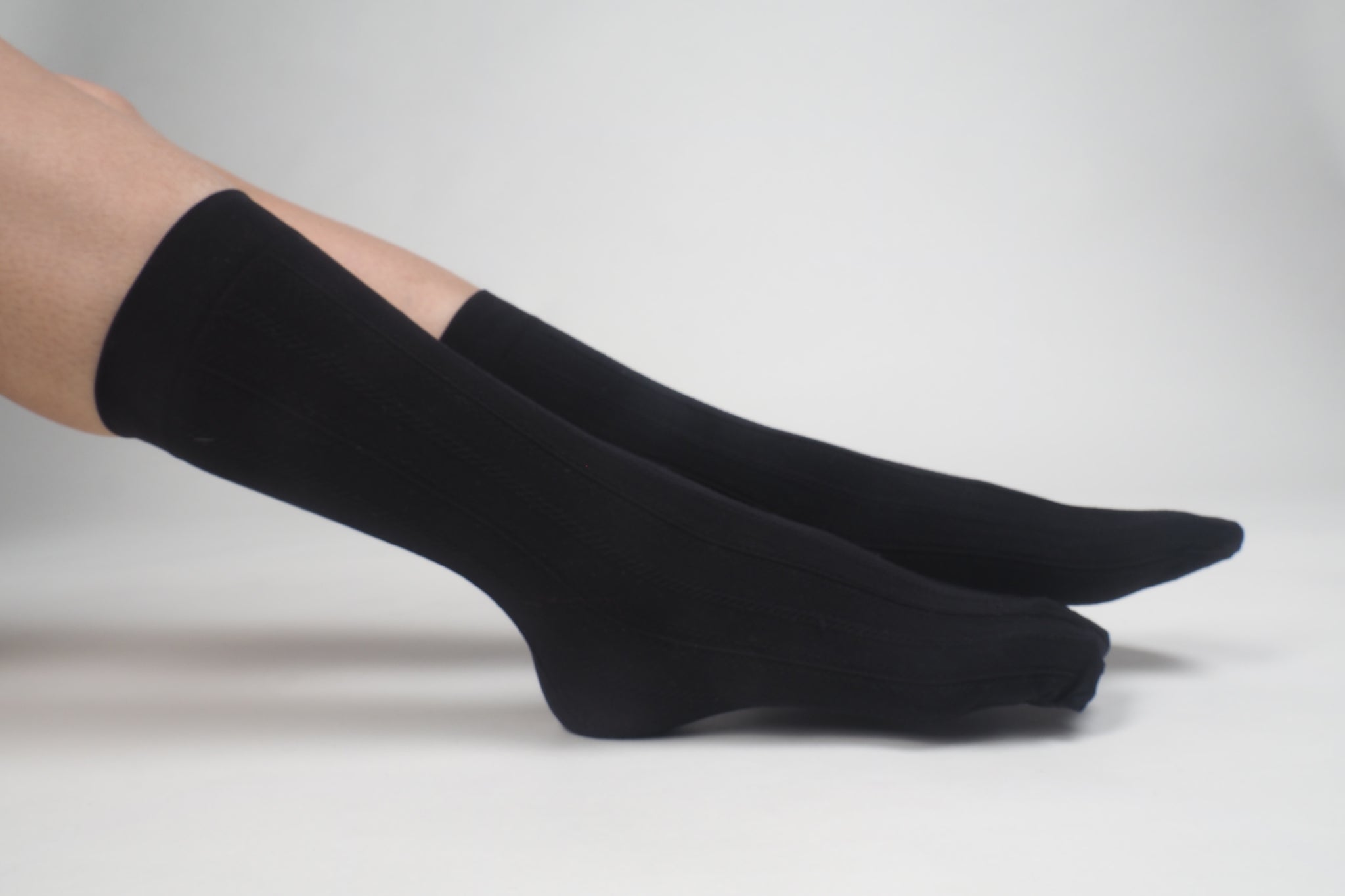 Mid Length Twisted Socks