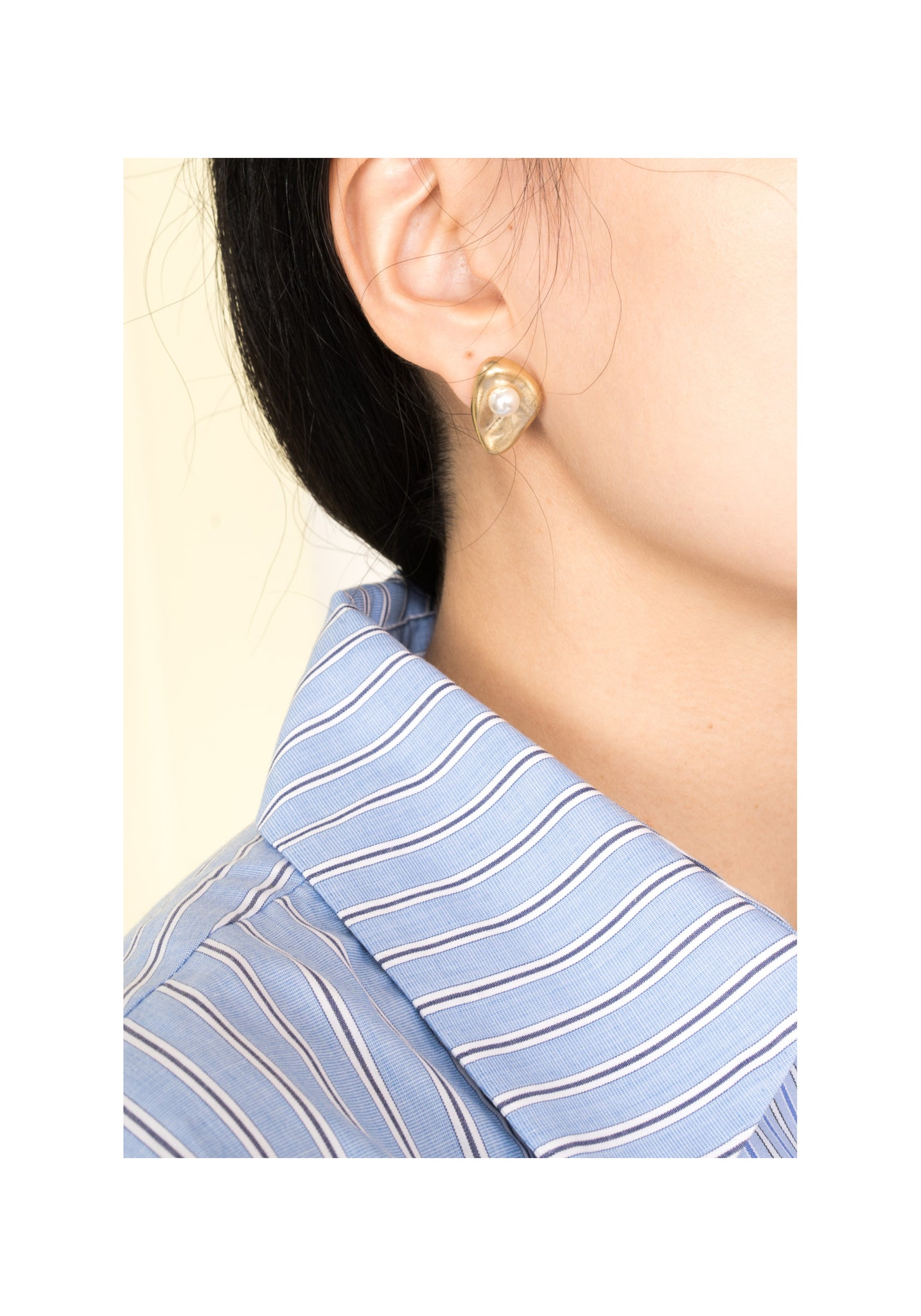 Pearl On Golden Stone Earrings - whoami