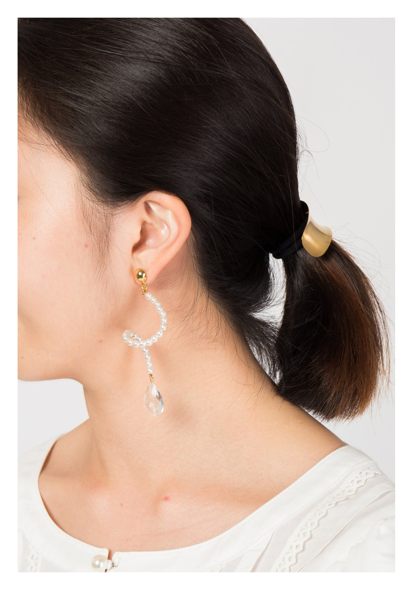 Spiral Pearl Dripping Earrings - whoami